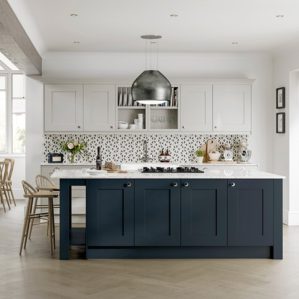 The Princeton range is elegant and sophisticated, available in two finishes, Pearl Grey shown here and Indigo. Pearl Grey is the ideal grey tone, achieving the balance between a grey that isnt too dark but that still makes an impact.symphonykitchens symphonygroup princeton pearlgrey indigo greykitchens bluekitchens newkitchen kitcheninspiration kitchendesigner kitchenshowroom
